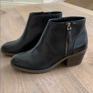 NEW Gap Ankle Boots
